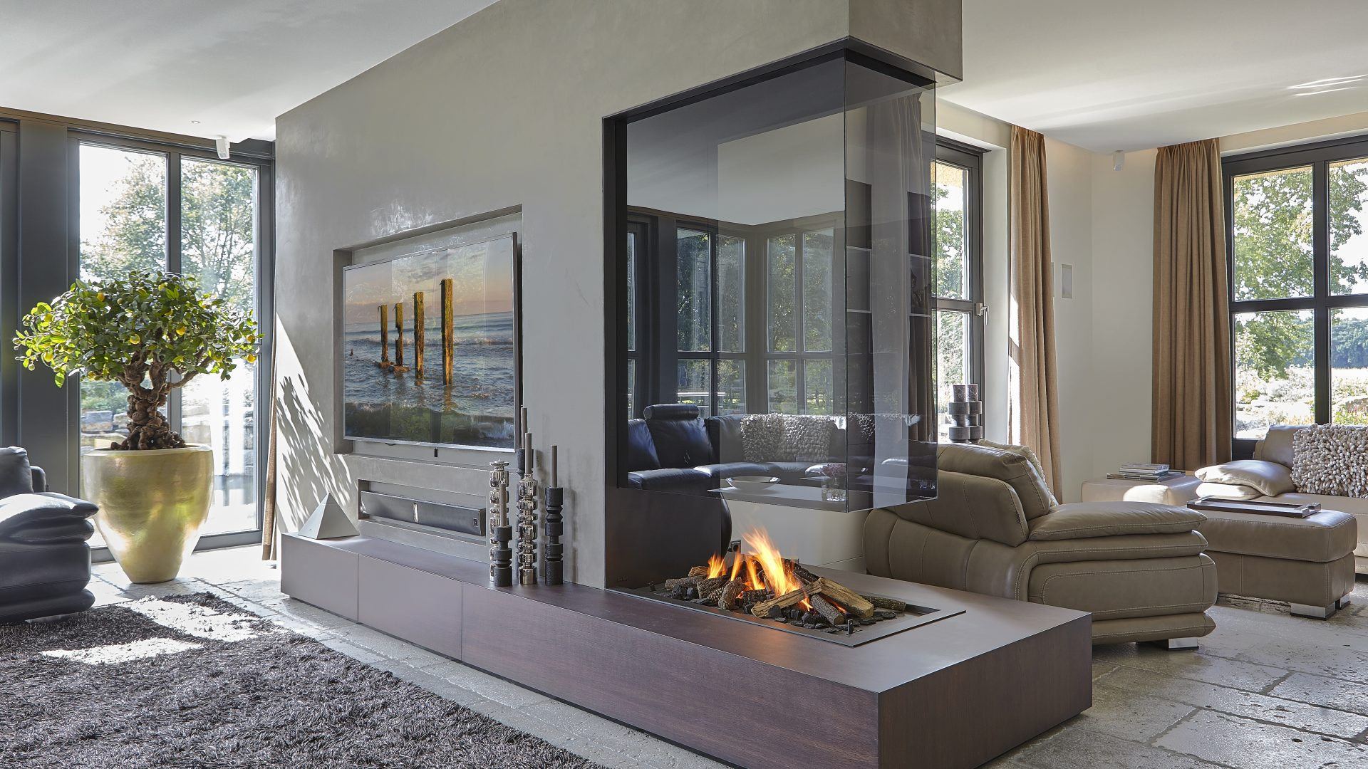 double sided fireplace i two sided fireplace. Black Bedroom Furniture Sets. Home Design Ideas