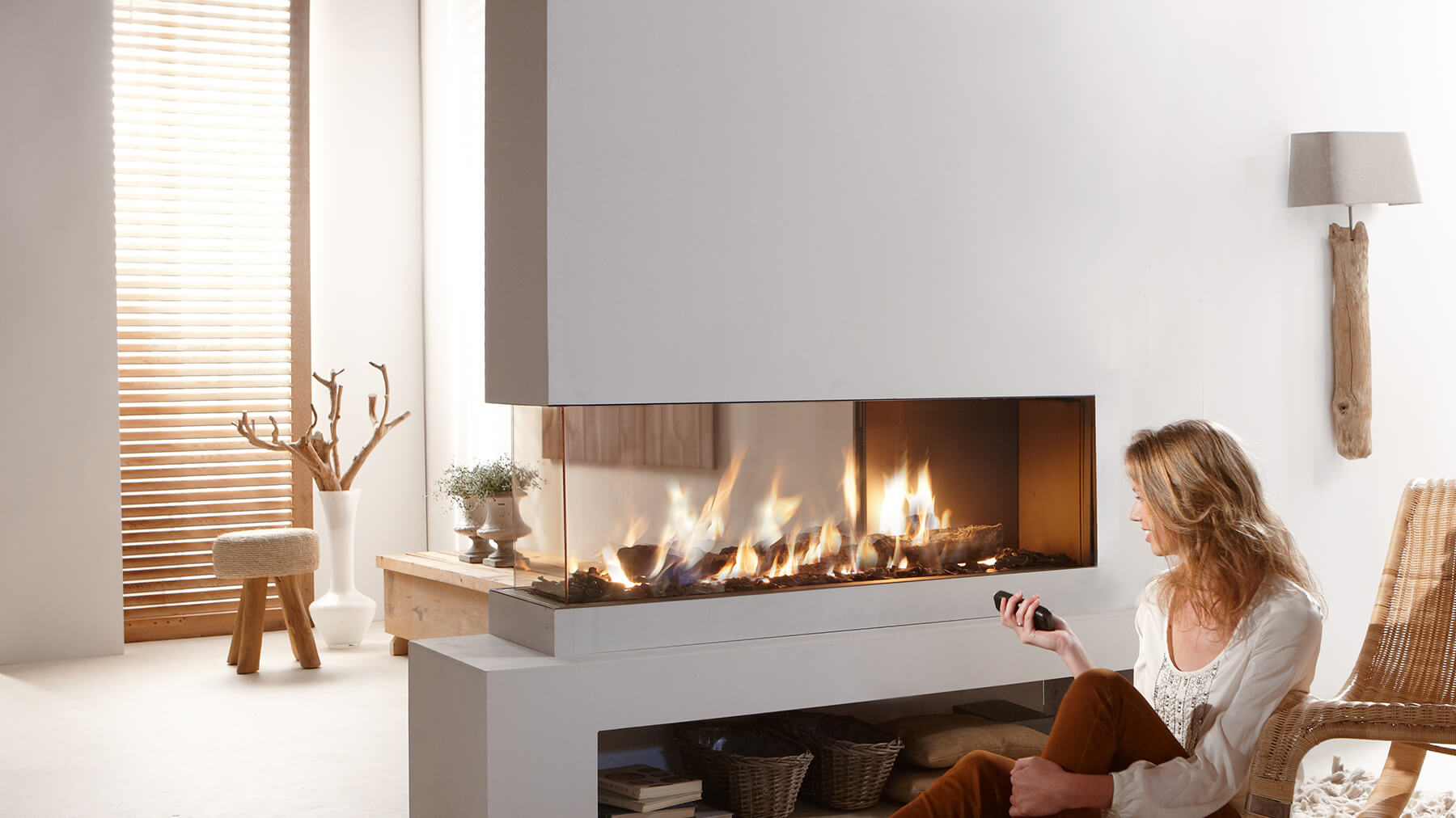roomdivider 150 three sided balanced flue gas fireplace