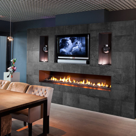 Wall fires i hole in the wall fires i modus fireplaces for Luxury fireplace designs