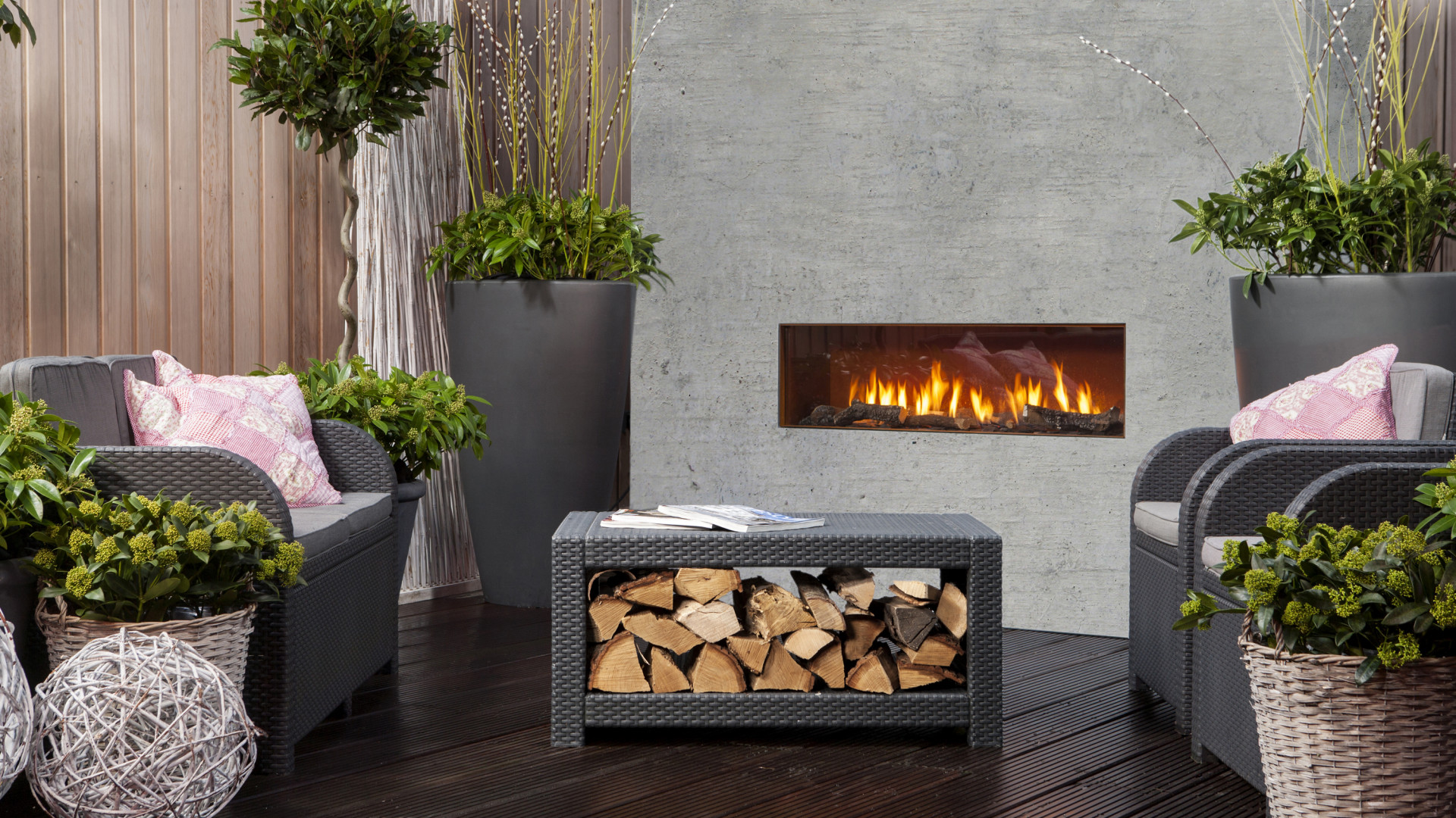 best outdoor fireplace designs