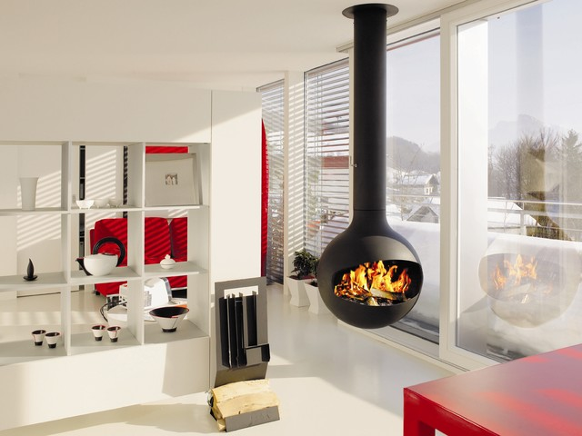 Hanging gas fire